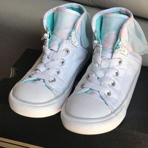 Converse Girls Canvas Shoes. Size 10. Blue/white